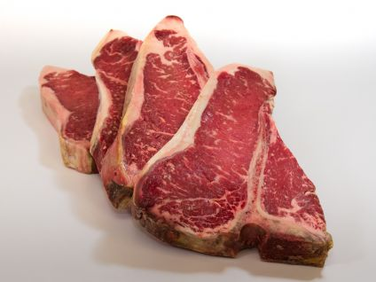 HAND SELECT ANGUS T-BONE STEAKS (4 PER PACK)