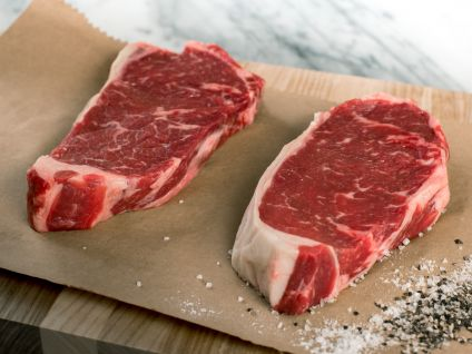 HAND SELECT ANGUS NEW YORK STRIP STEAKS (4 Per Pack)
